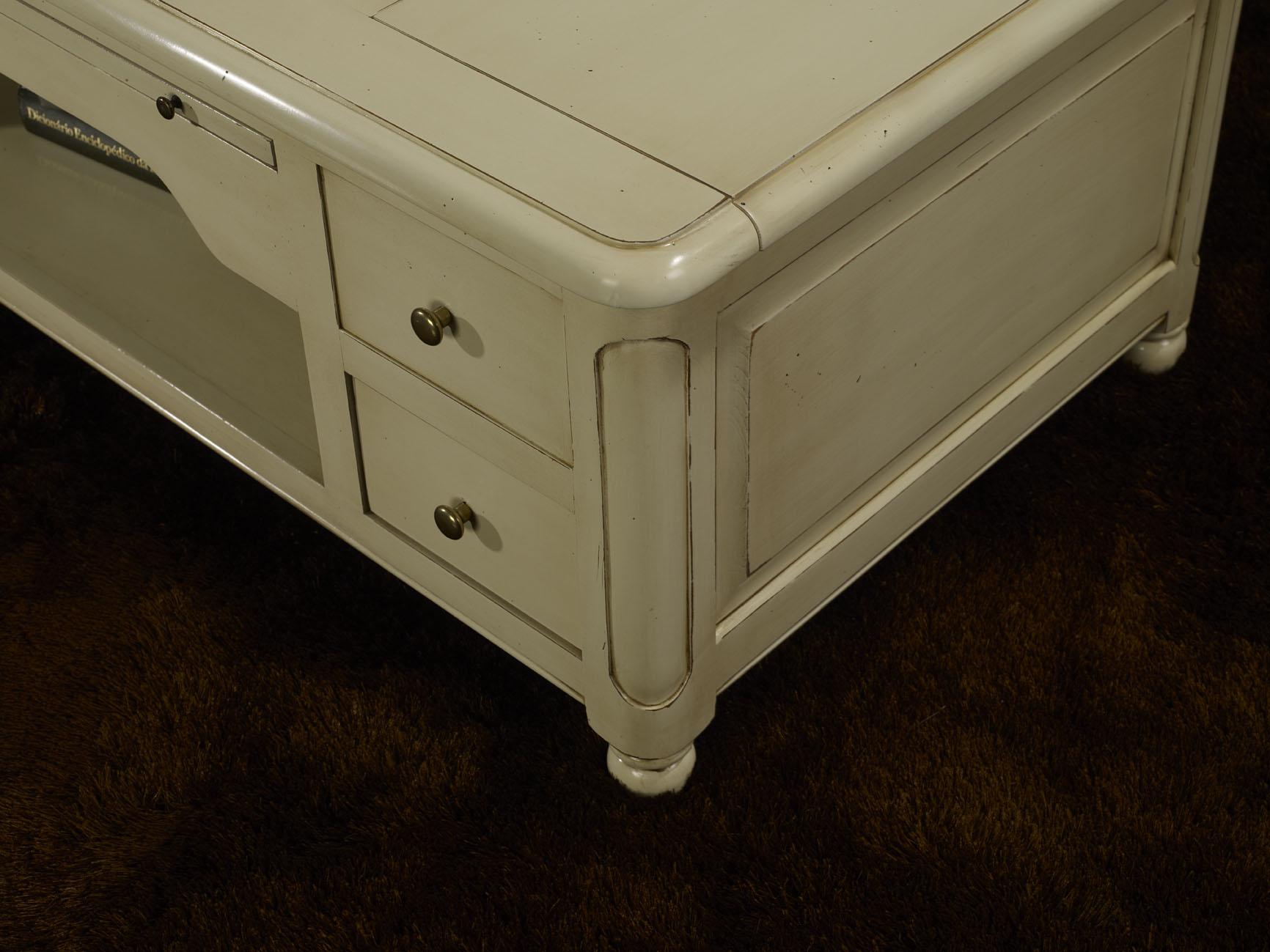 table basse jeu d 39 chec en merisier de style louis philippe laque ivoire patine antiquaire. Black Bedroom Furniture Sets. Home Design Ideas