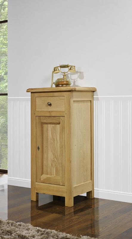 meuble t l phone yann en ch ne massif de style louis philippe campagnard meuble en ch ne massif. Black Bedroom Furniture Sets. Home Design Ideas