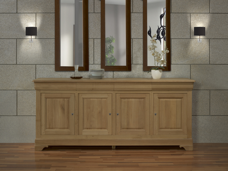 buffet 4 portes gael en ch ne massif de style louis. Black Bedroom Furniture Sets. Home Design Ideas