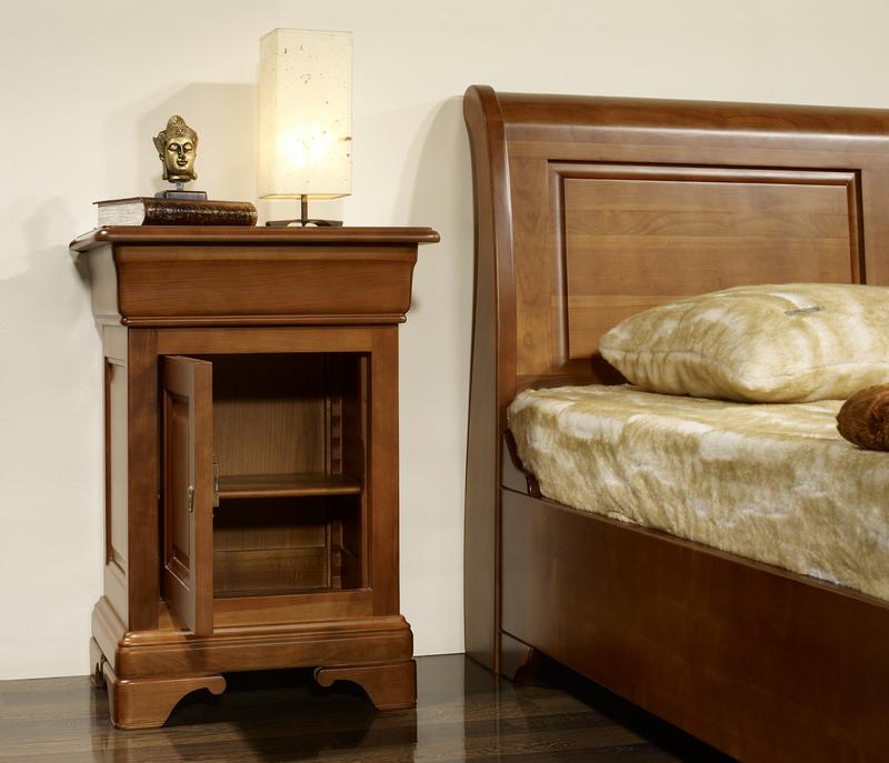 Chevet 1 porte 1 tiroir en merisier massif de style louis - Table de chevet merisier ...