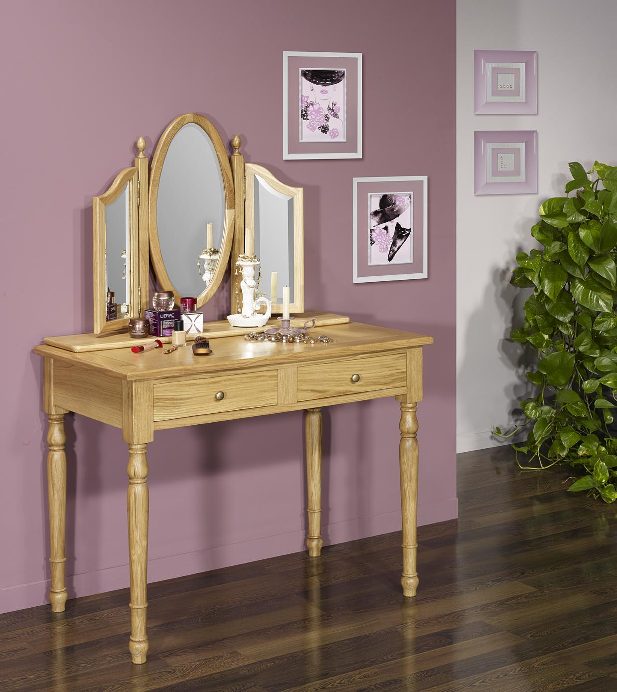 table de toilette ou coiffeuse val rie en ch ne de style louis philippe meuble en ch ne massif. Black Bedroom Furniture Sets. Home Design Ideas