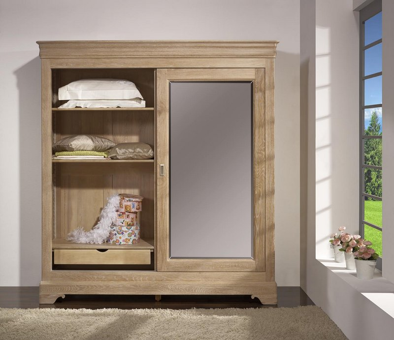 armoire 2 portes guillaume en ch ne massif de style louis philippe finition ch ne bross blanchi. Black Bedroom Furniture Sets. Home Design Ideas
