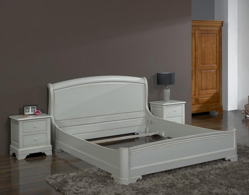 Lit fabrice 160 200 en ch ne massif de style louis for Patiner un meuble en chene