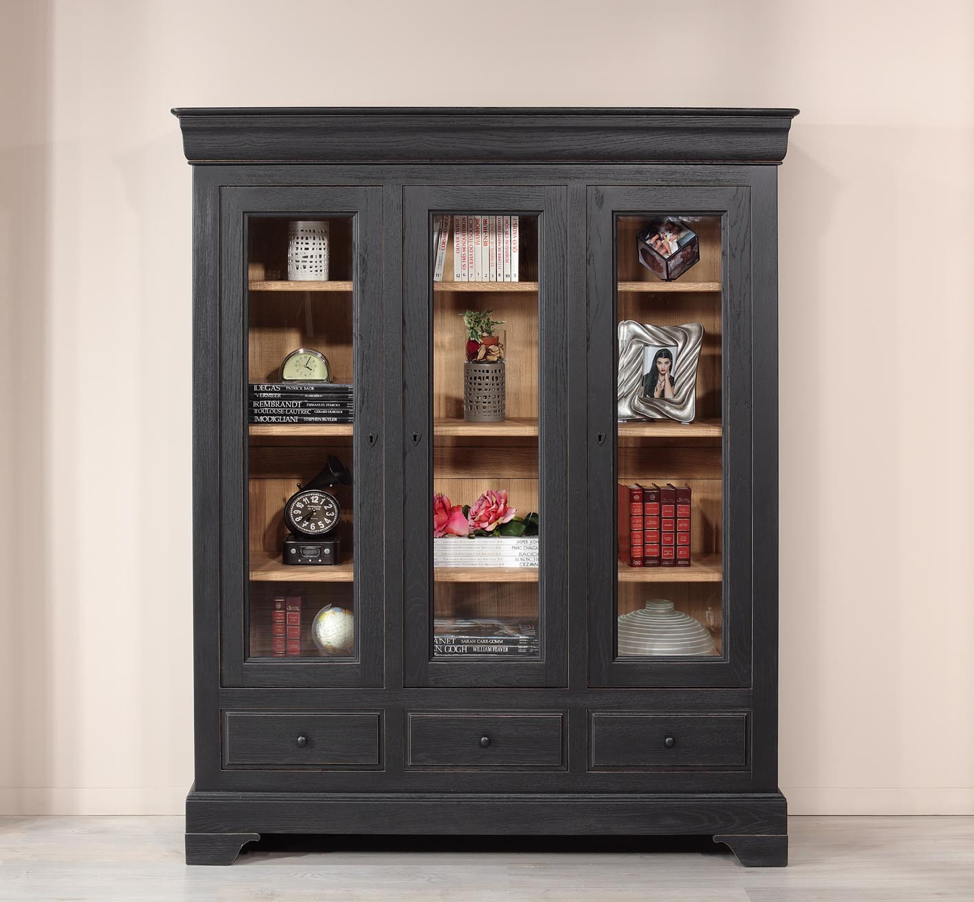 biblioth que 3 portes hugo en ch ne massif de style louis philippe finition ch ne bross. Black Bedroom Furniture Sets. Home Design Ideas