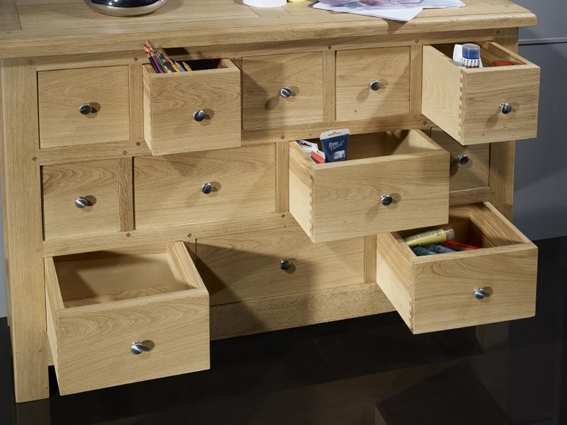 Commode 12 tiroirs c dric en ch ne massif de stytle for Meuble bois tiroirs casiers