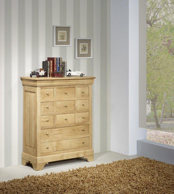 commode 11 tiroirs angelo en ch ne massif de style louis philippe meuble en ch ne massif. Black Bedroom Furniture Sets. Home Design Ideas