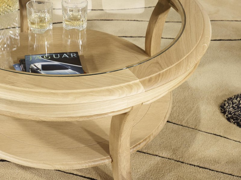 Table Basse Ronde Gaël En Chêne Massif De Style Louis Philippe