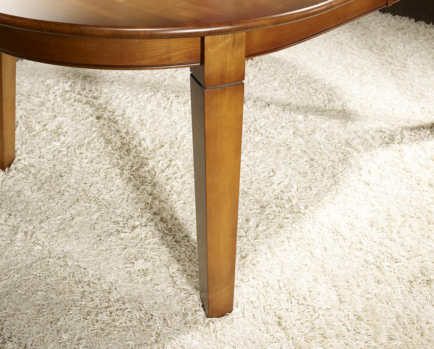 Table ovale 180x110 en merisier de style campagne 4 pieds for Table ovale en bois massif