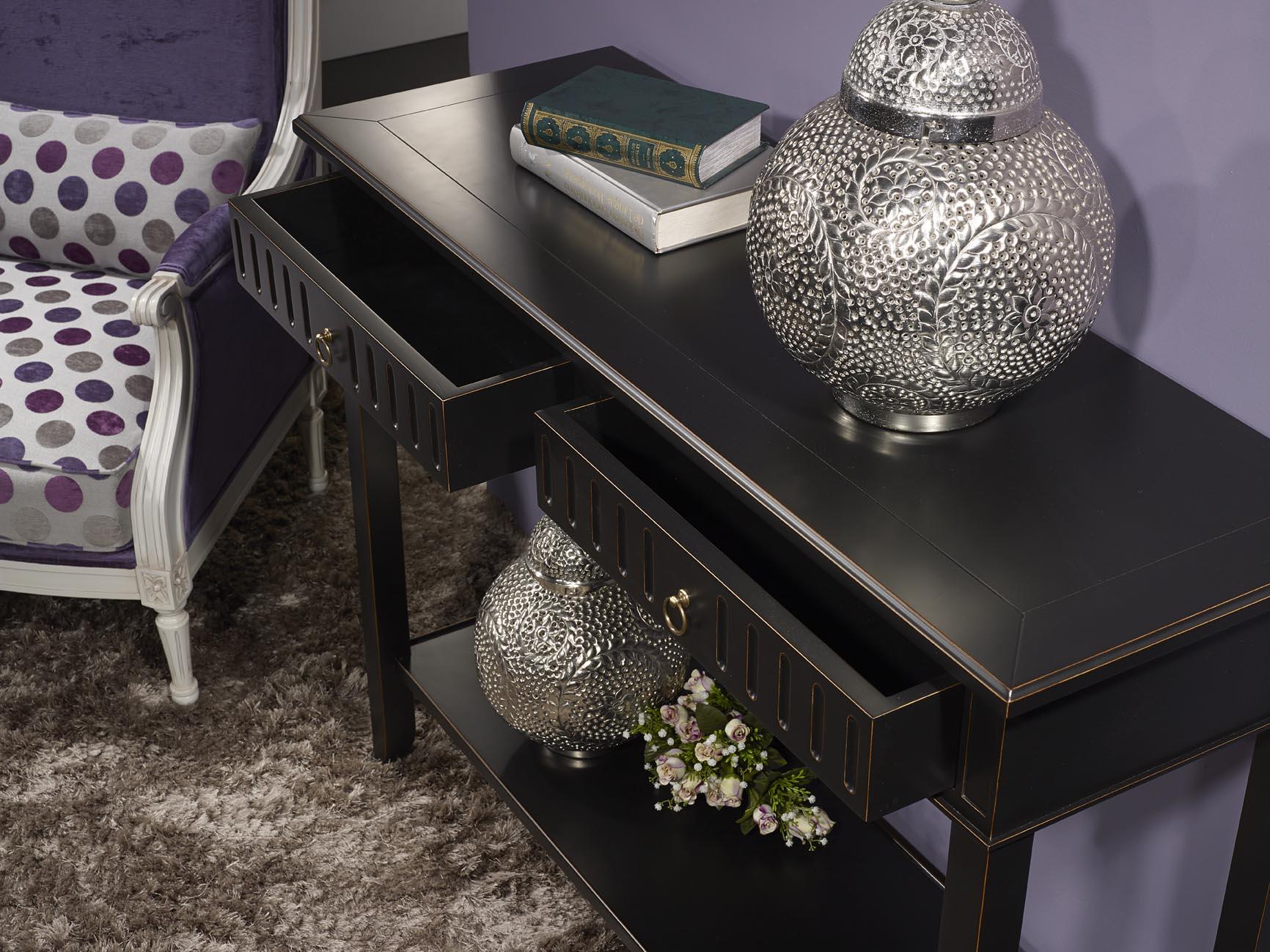 console c line en merisier de style directoire laqu e noir meuble en merisier massif. Black Bedroom Furniture Sets. Home Design Ideas