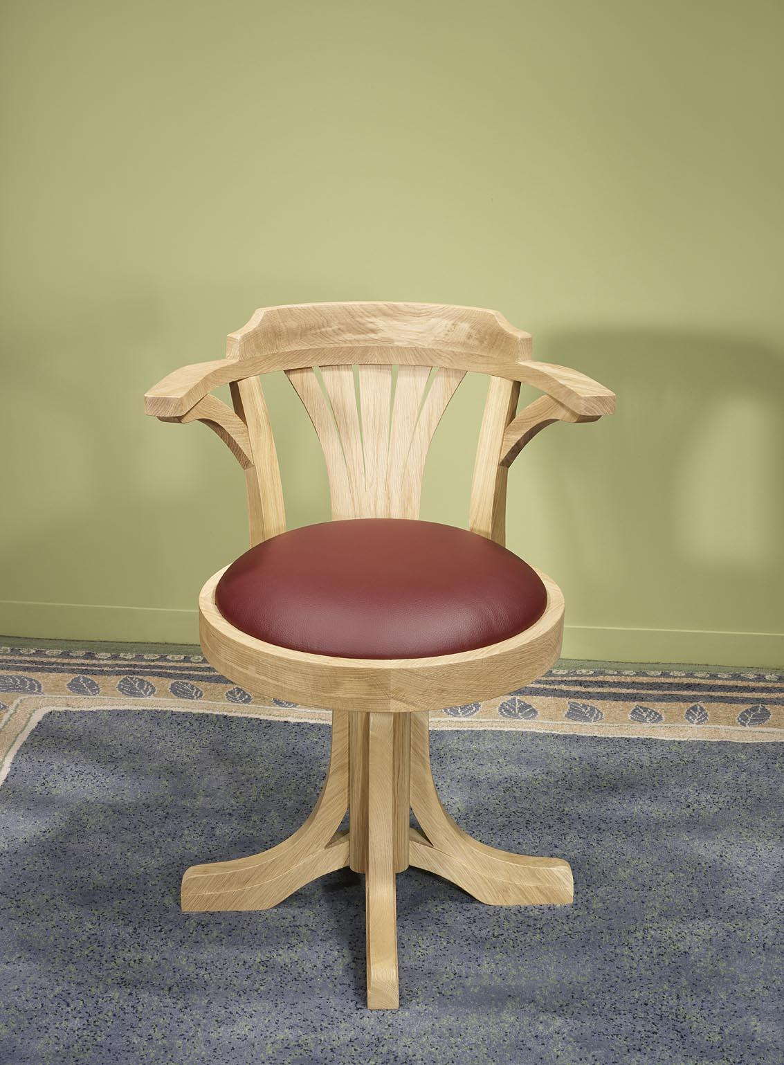 Fauteuil de bureau marc en ch ne massif pivotant assise for Fauteuil de bureau en bois pivotant