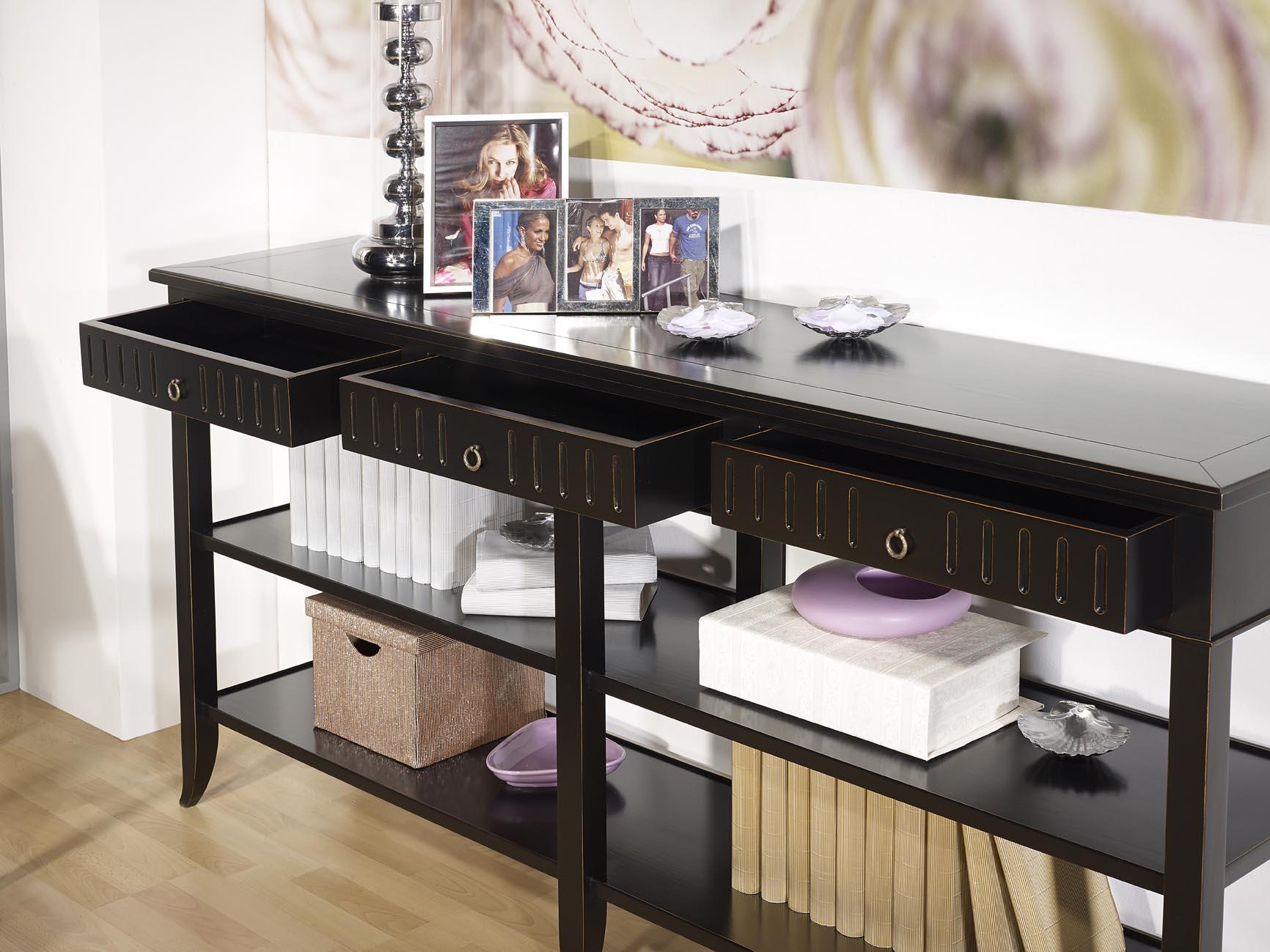console ou desserte alba en merisier de style directoire finition noire l g rement us e meuble. Black Bedroom Furniture Sets. Home Design Ideas