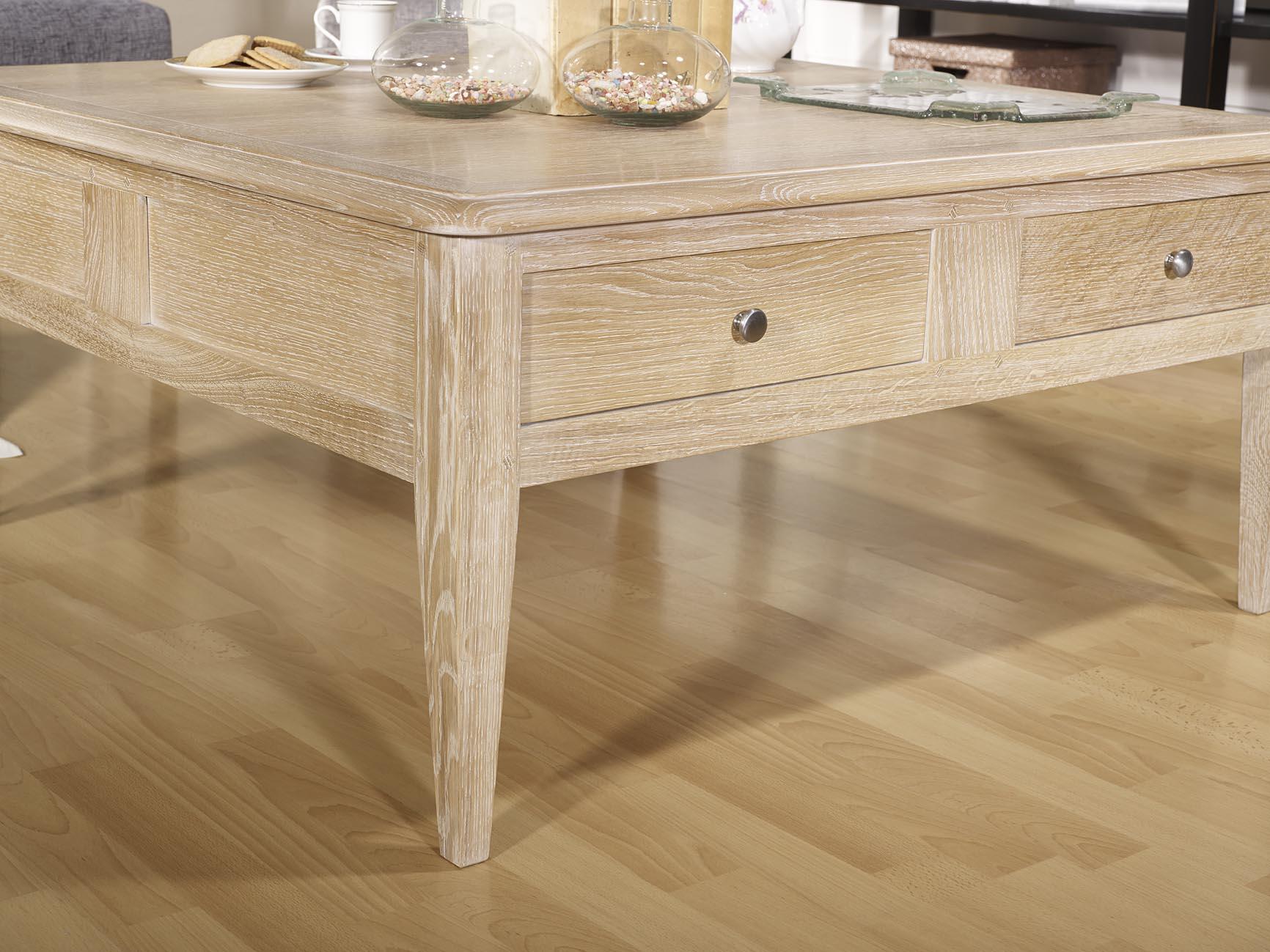 table basse carr e justin em ch ne de style directoire meuble en ch ne massif. Black Bedroom Furniture Sets. Home Design Ideas