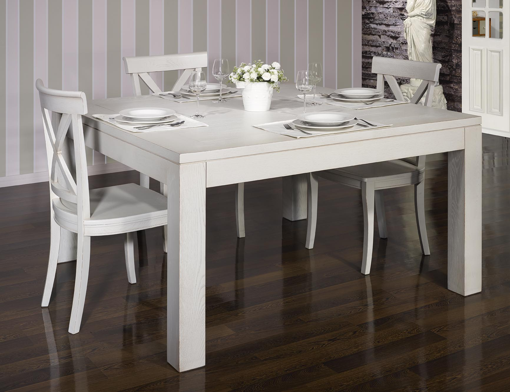 Table de salle manger 140 140 contemporaine en ch ne finition ch ne bross gris perle meuble for Table de sejour carree