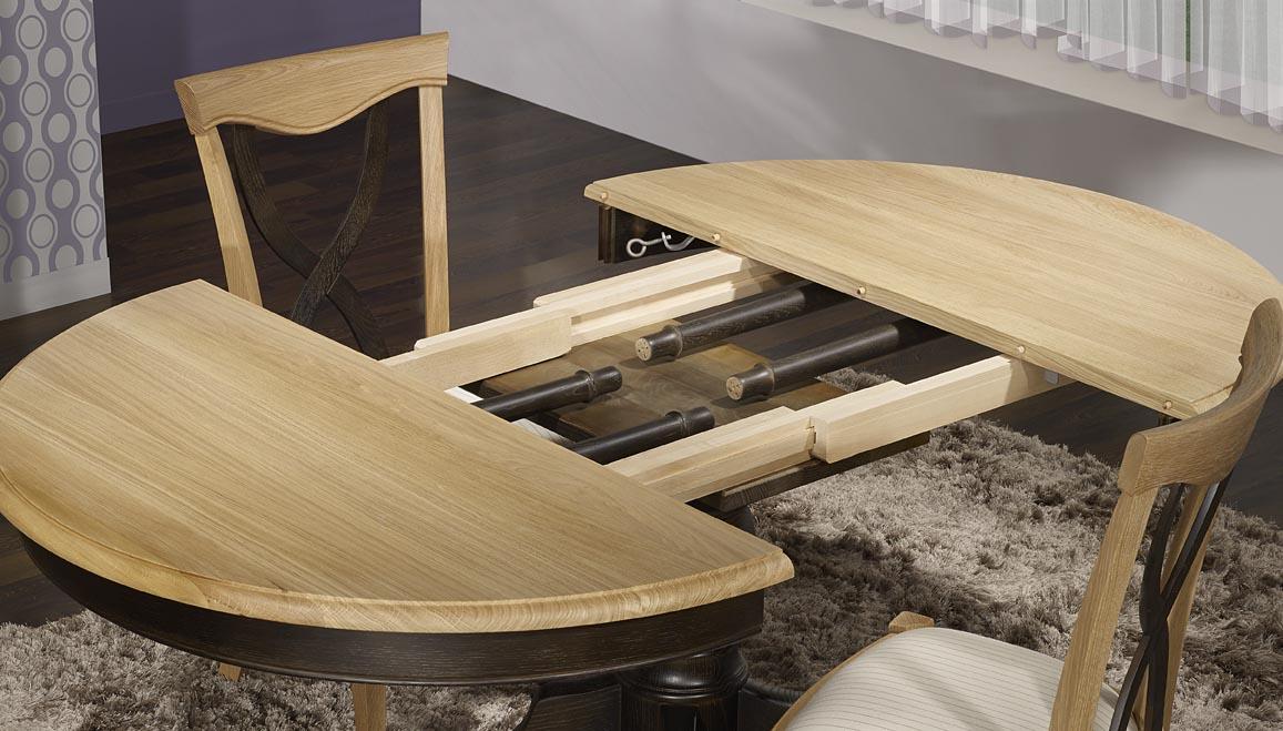 Table ronde pied central en ch ne massif de style louis for Table ronde noire avec rallonge