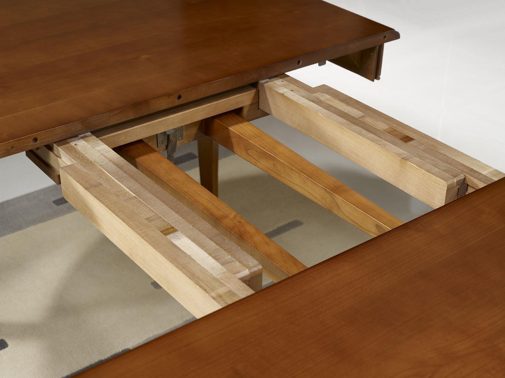 table ovale julie 180x120 en merisier massif de style louis philippe avec 5 allonges de 40 cm. Black Bedroom Furniture Sets. Home Design Ideas