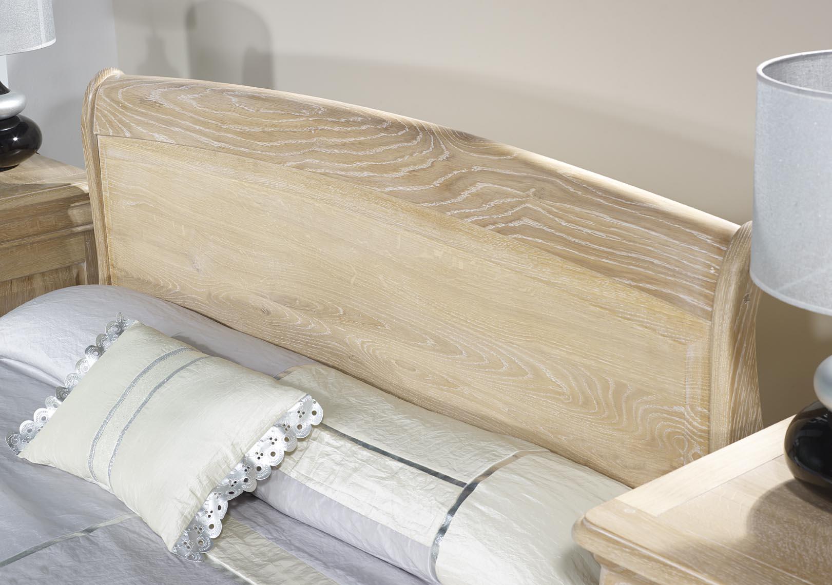 lit thomas 140x190 en ch ne massif de style louis philippe. Black Bedroom Furniture Sets. Home Design Ideas