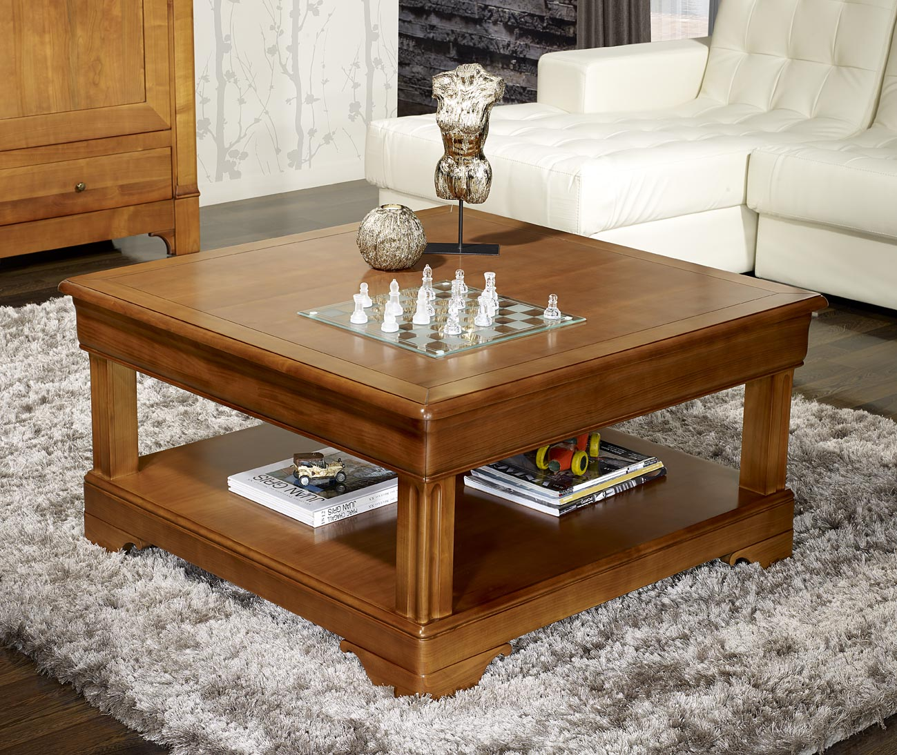 table basse carr e en merisier de style louis philippe. Black Bedroom Furniture Sets. Home Design Ideas