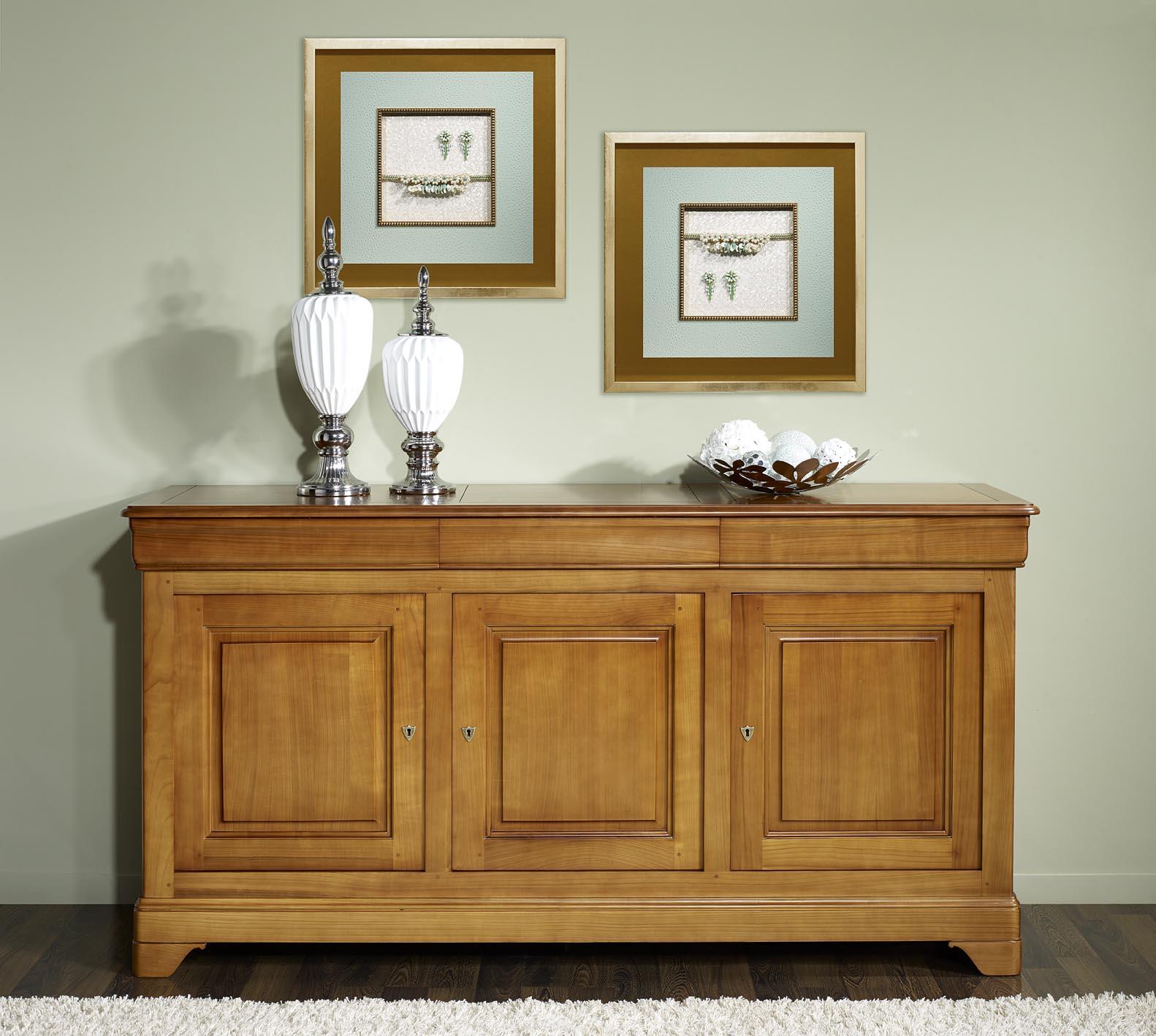 buffet 3 portes estelle en merisier massif de style louis philippe meuble en merisier massif. Black Bedroom Furniture Sets. Home Design Ideas