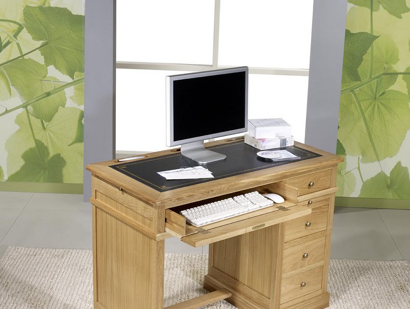 petit bureau luc en ch ne de style louis philippe surface d 39 criture en moleskine noire. Black Bedroom Furniture Sets. Home Design Ideas