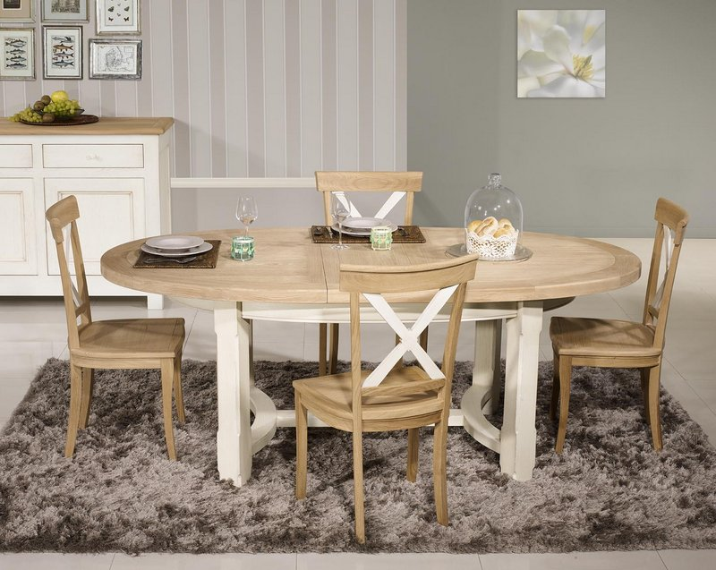 table de ferme ovale tom en ch ne massif de style. Black Bedroom Furniture Sets. Home Design Ideas