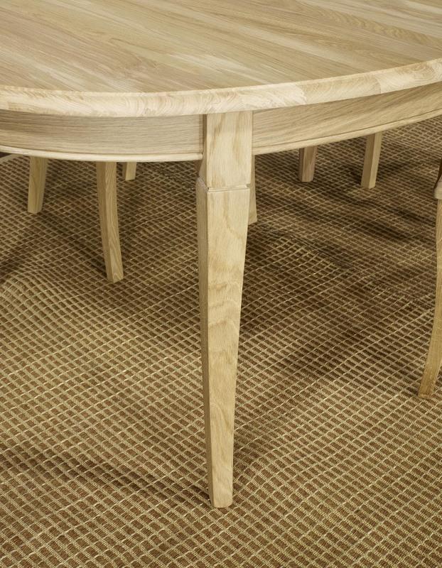 Table ovale 170 110 romain en ch ne massif de style louis for Table ovale chene massif