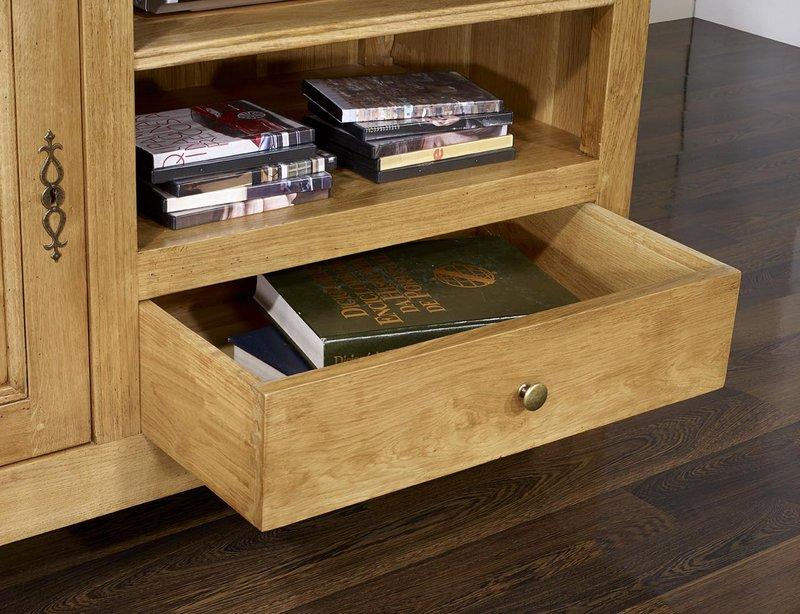 meuble tv 16 9 me en ch ne massif de style louis philippe campagnard meuble en ch ne massif. Black Bedroom Furniture Sets. Home Design Ideas