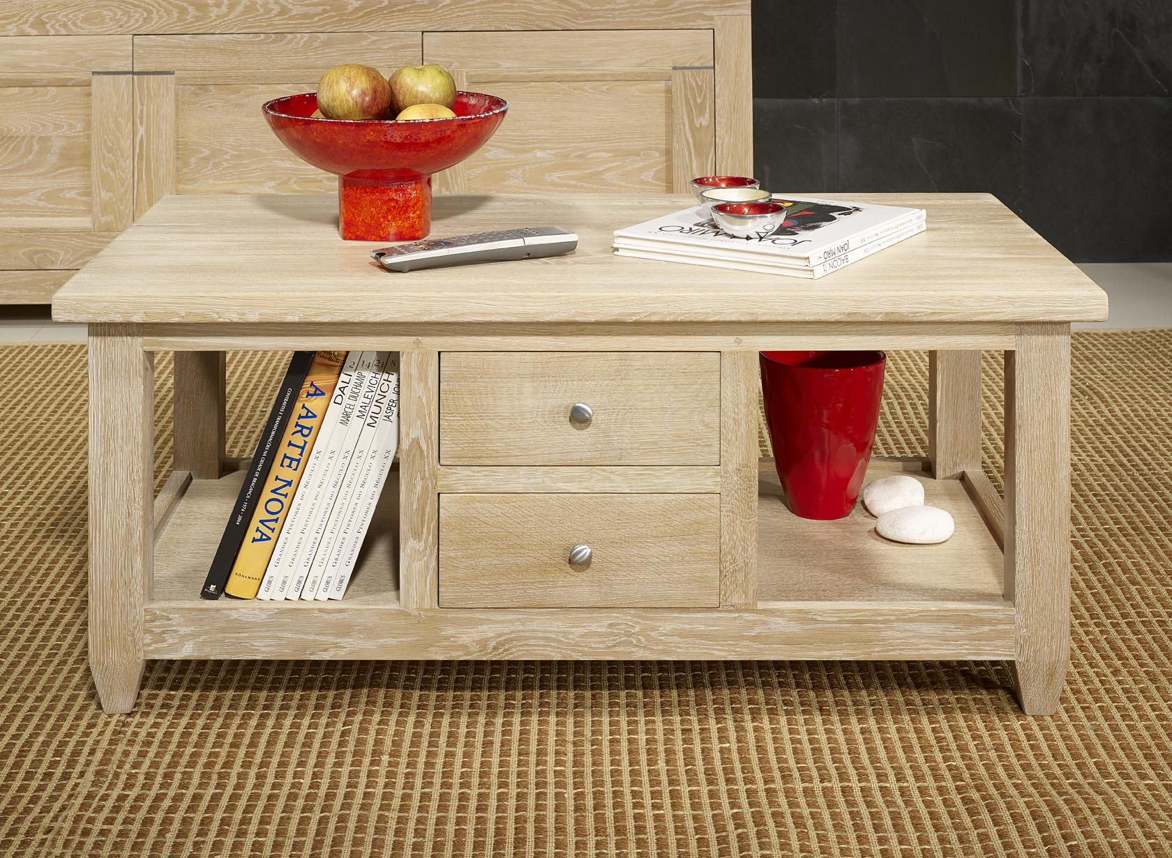 Table basse thomas en ch ne massif de style campagnard for Table de chevet malm chene blanchi