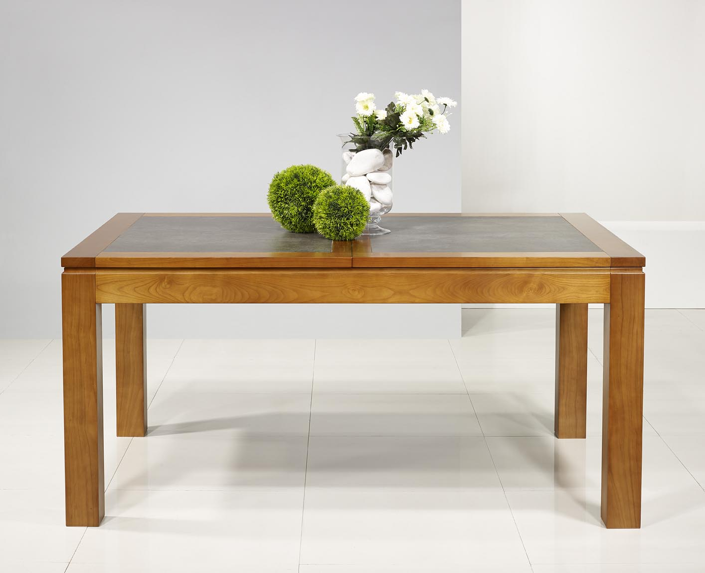 Table de repas aurore en merisier massif contemporaine - Table bois massif contemporaine ...