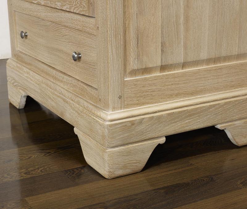 fromager jean baptiste en ch ne massif de style louis philippe finition ch ne bross blanchi. Black Bedroom Furniture Sets. Home Design Ideas