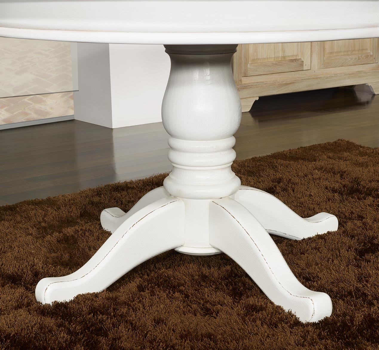 Table ronde pied central en ch ne massif de style louis - Table ronde blanche avec pied central ...