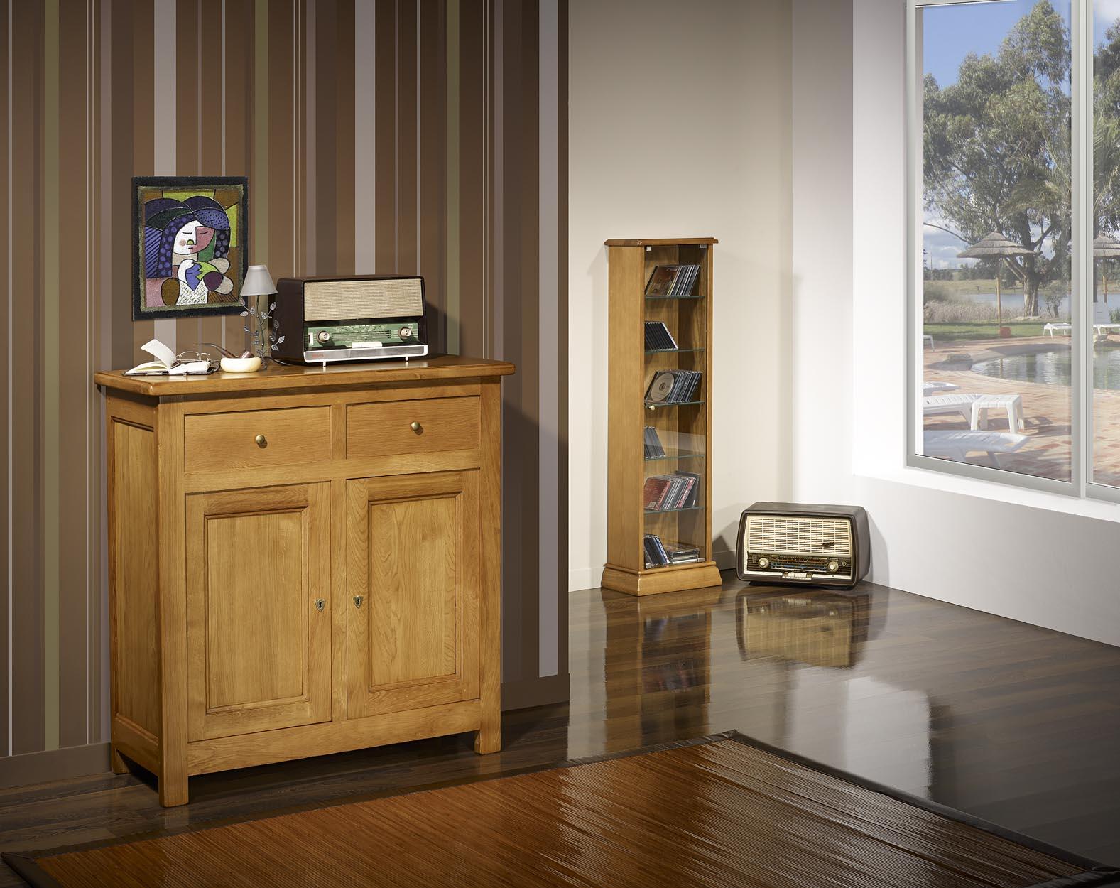 Petit buffet 2 portes 2 tiroirs en ch ne massif de style for Solde meuble tv
