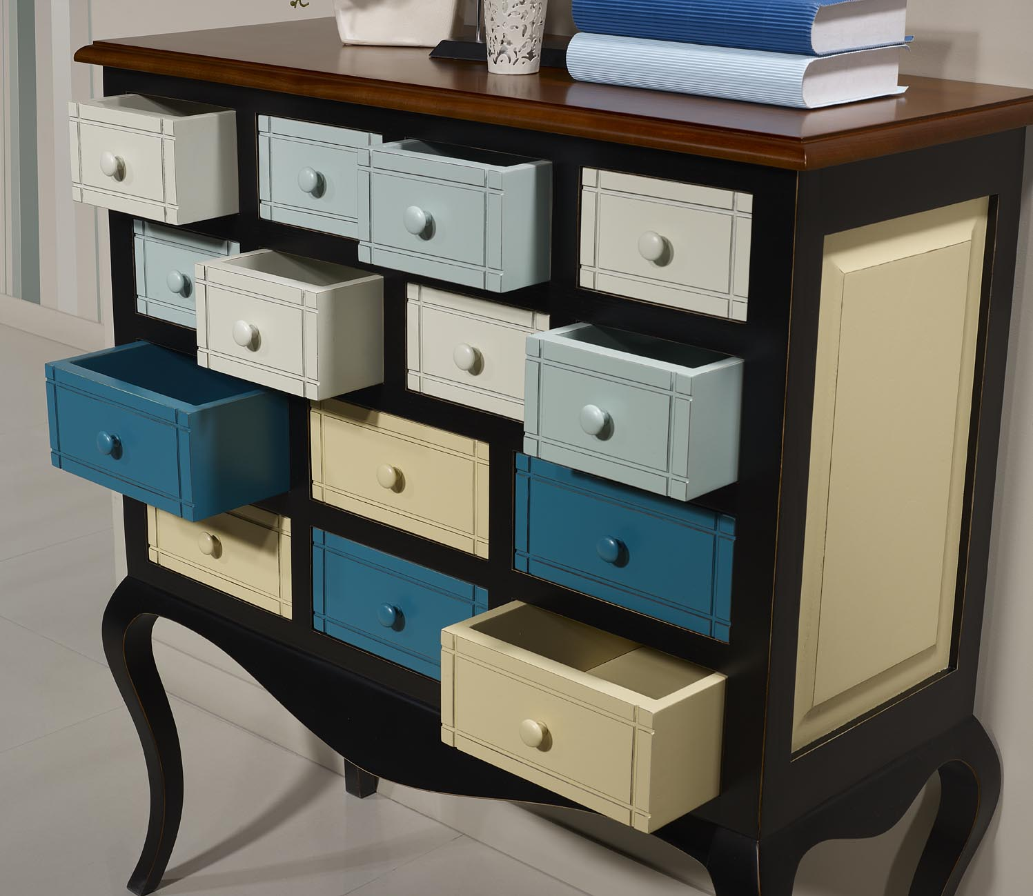 commode ou meuble d 39 entr e selena en merisier et chataignier multicolore meuble en merisier massif. Black Bedroom Furniture Sets. Home Design Ideas