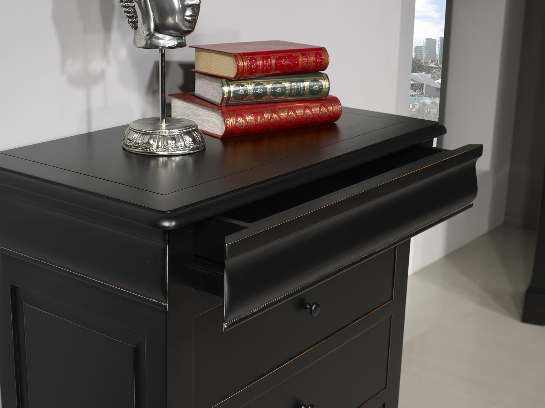 Semainier en meriser massif de style louis philippe for Finition de meuble en bois