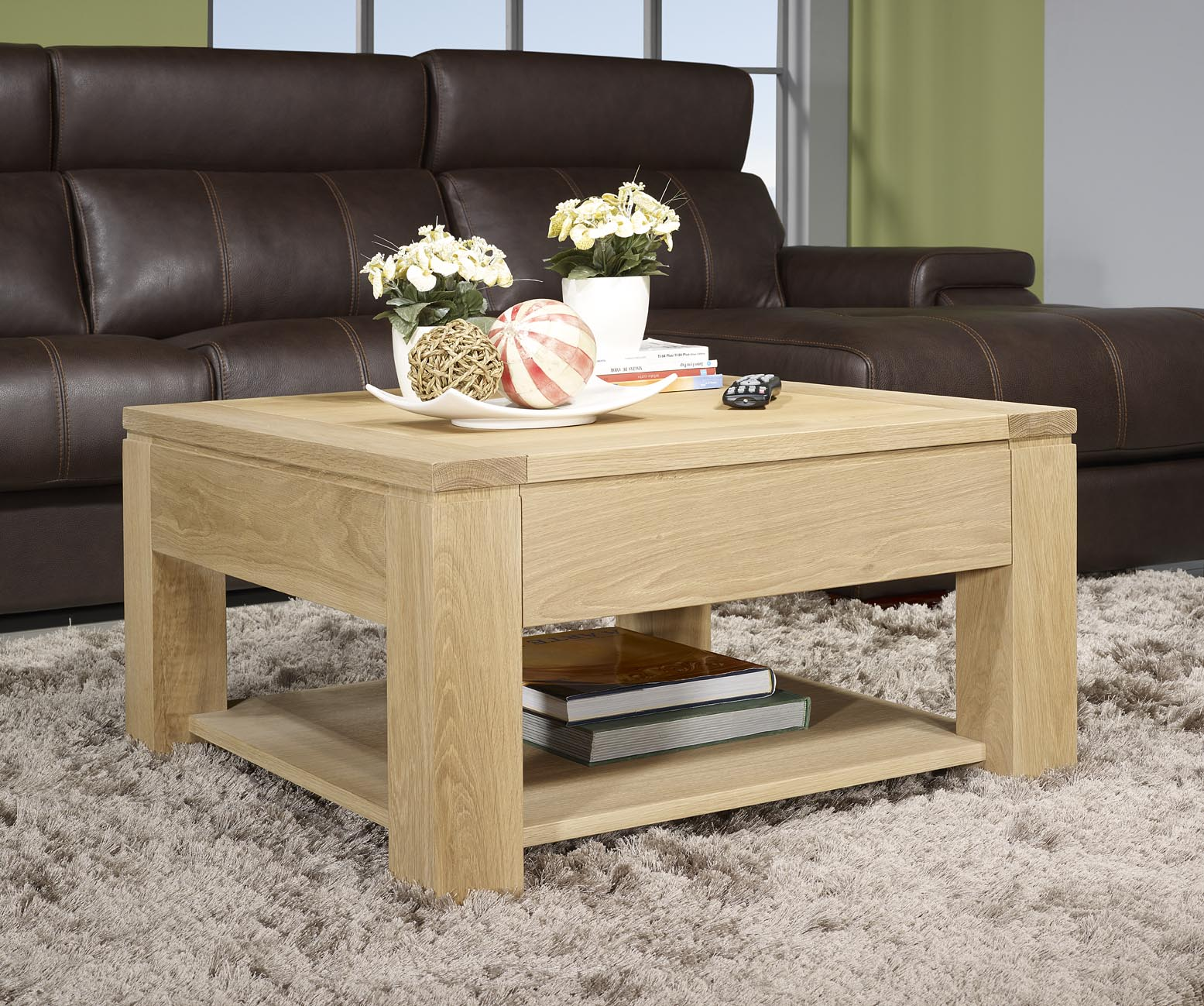 Table basse jean en ch ne massif ligne contemporaine for Table basse chene massif