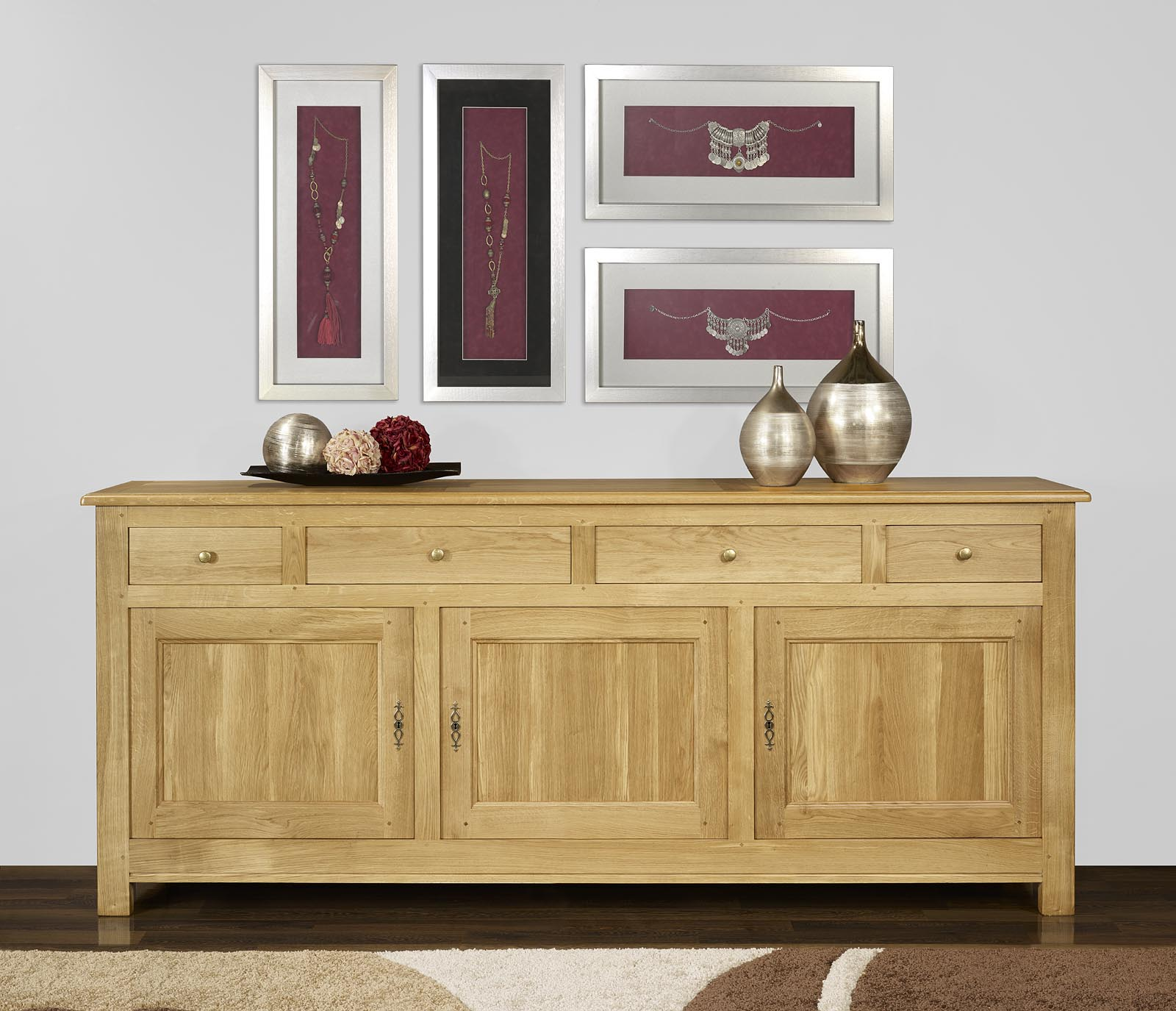 buffet 3 portes 4 tiroirs en ch ne massif de style. Black Bedroom Furniture Sets. Home Design Ideas