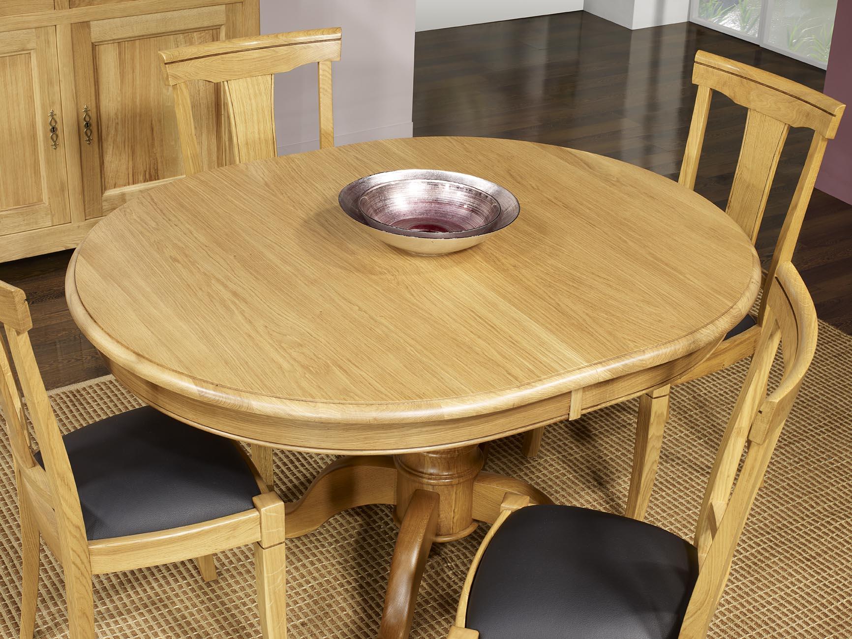table ovale pied central jérôme en chêne massif de style louis