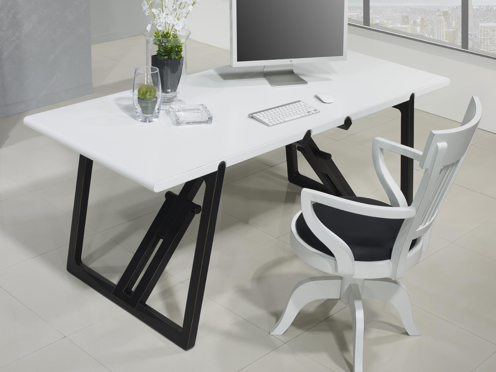 table de bureau en merisier massif de ligne contemporaine pi tement noir us et patin plateau. Black Bedroom Furniture Sets. Home Design Ideas