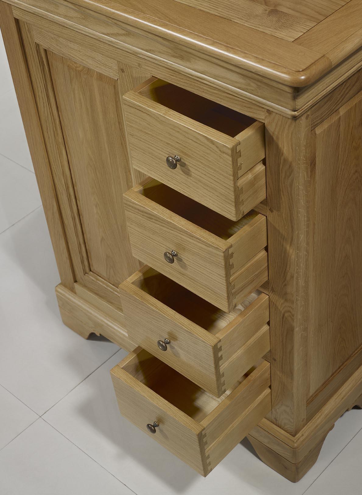 farinier 1 porte 5 tiroirs jean en ch ne massif de style louis philippe meuble en ch ne massif. Black Bedroom Furniture Sets. Home Design Ideas