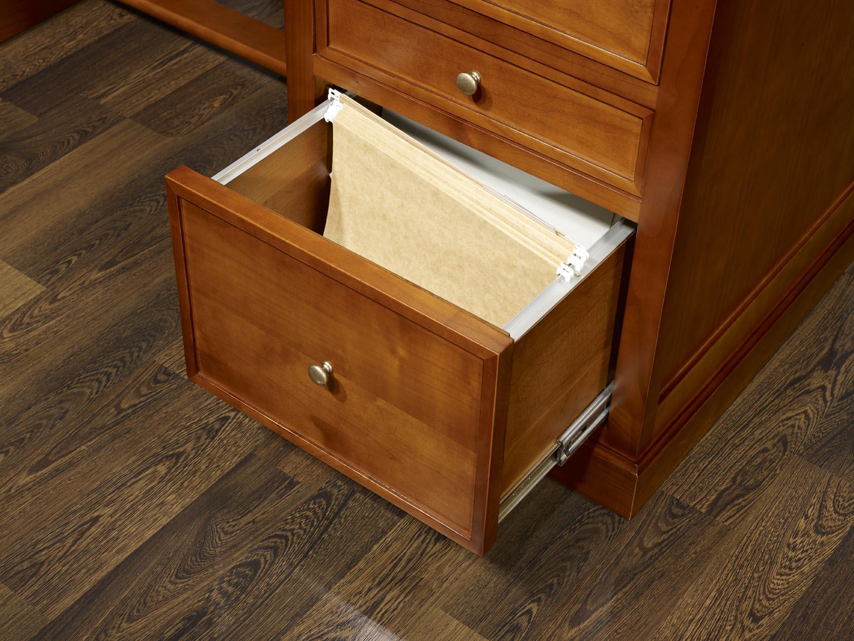Bureau 5 tiroirs jeanne en merisier de style louis for Bureau tiroir