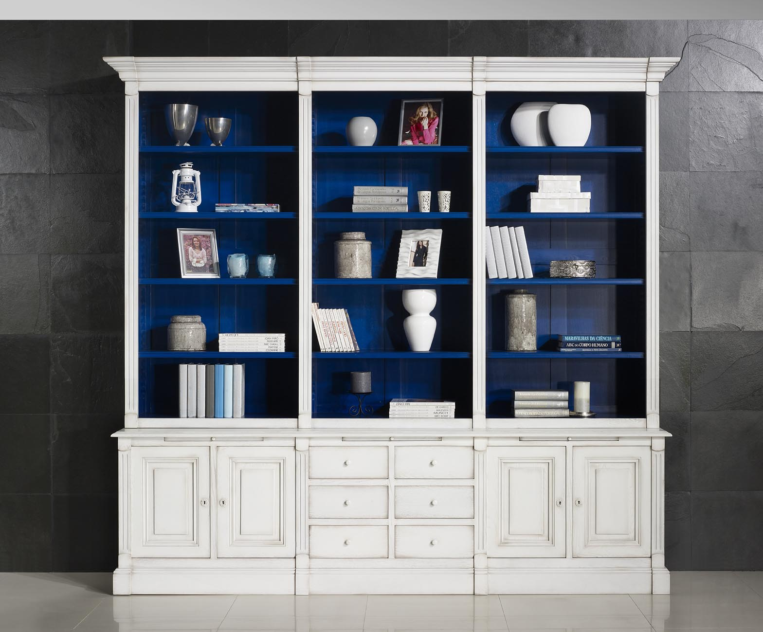 biblioth que 2 corps michel en ch ne massif de style directoire ivoire int rieur bleu outremer. Black Bedroom Furniture Sets. Home Design Ideas