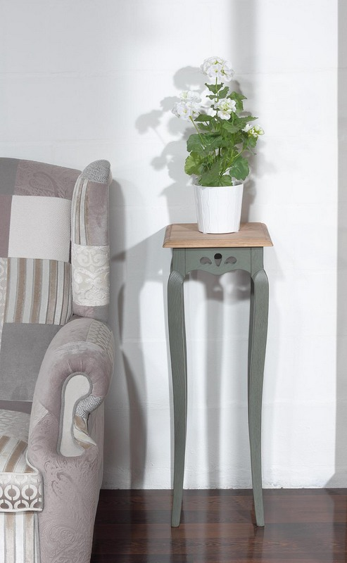 gueridon ou sellette en ch ne massif finition ch ne antik meuble en ch ne massif. Black Bedroom Furniture Sets. Home Design Ideas