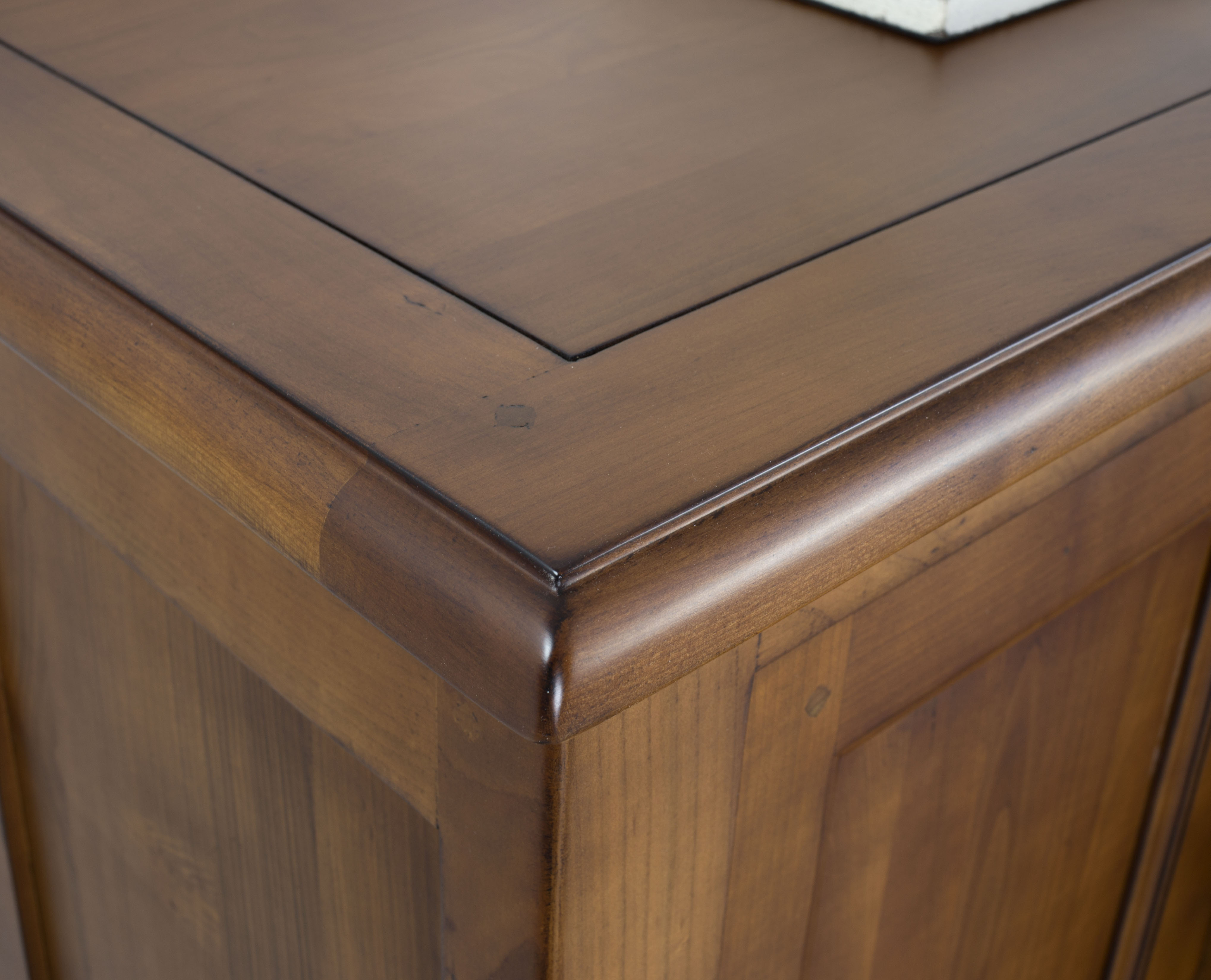 Farinier 1 porte 5 tiroirs en merisier massif de style for Finition de meuble en bois