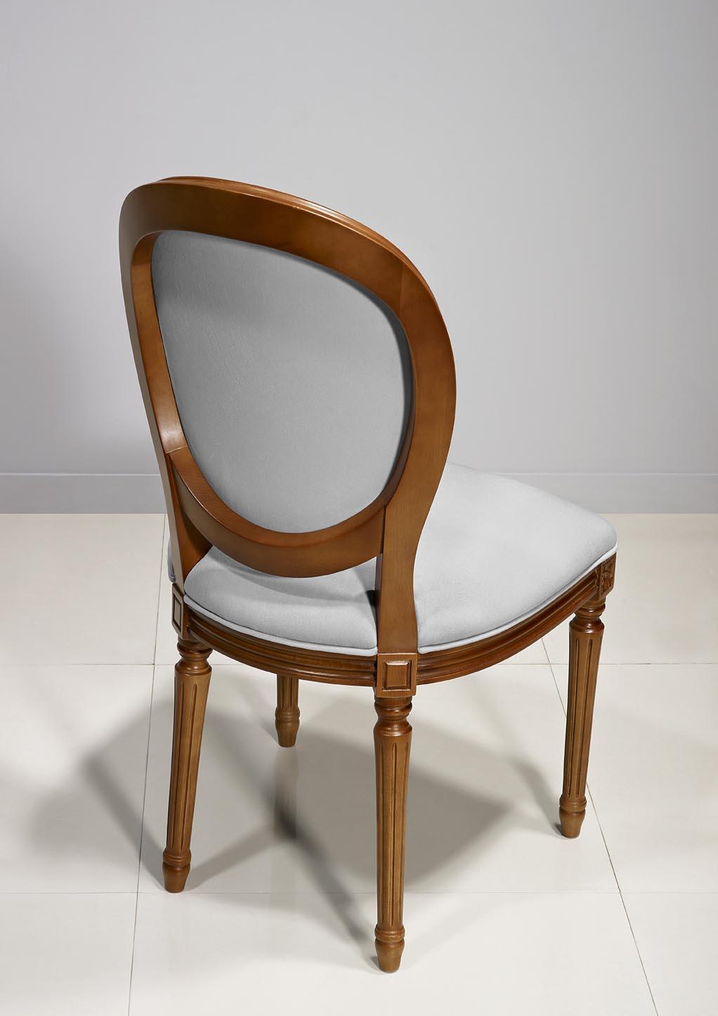 Chaise emeline en merisier massif de style louis xvi for Chaise meuble