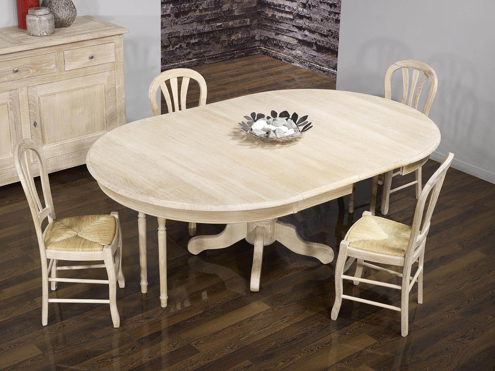 table ronde maude pieds central diametre 140 en ch ne massif de style louis philipe finition. Black Bedroom Furniture Sets. Home Design Ideas