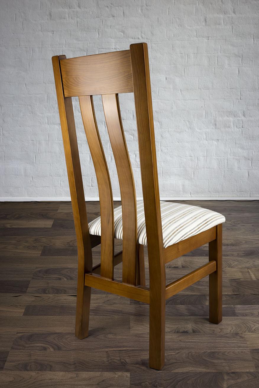 chaise annie en merisier massif de style contemporaine assise tissu meuble en merisier massif. Black Bedroom Furniture Sets. Home Design Ideas