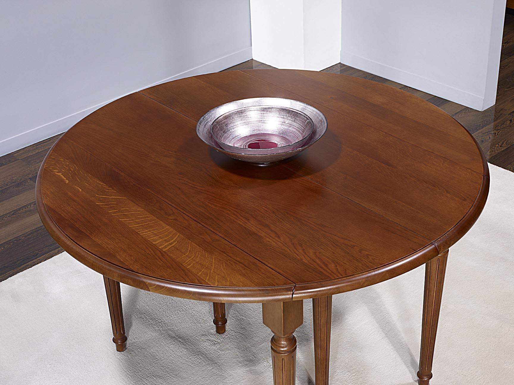 Table ronde volets vera en ch ne massif de style louis for Table ronde chene massif avec allonges