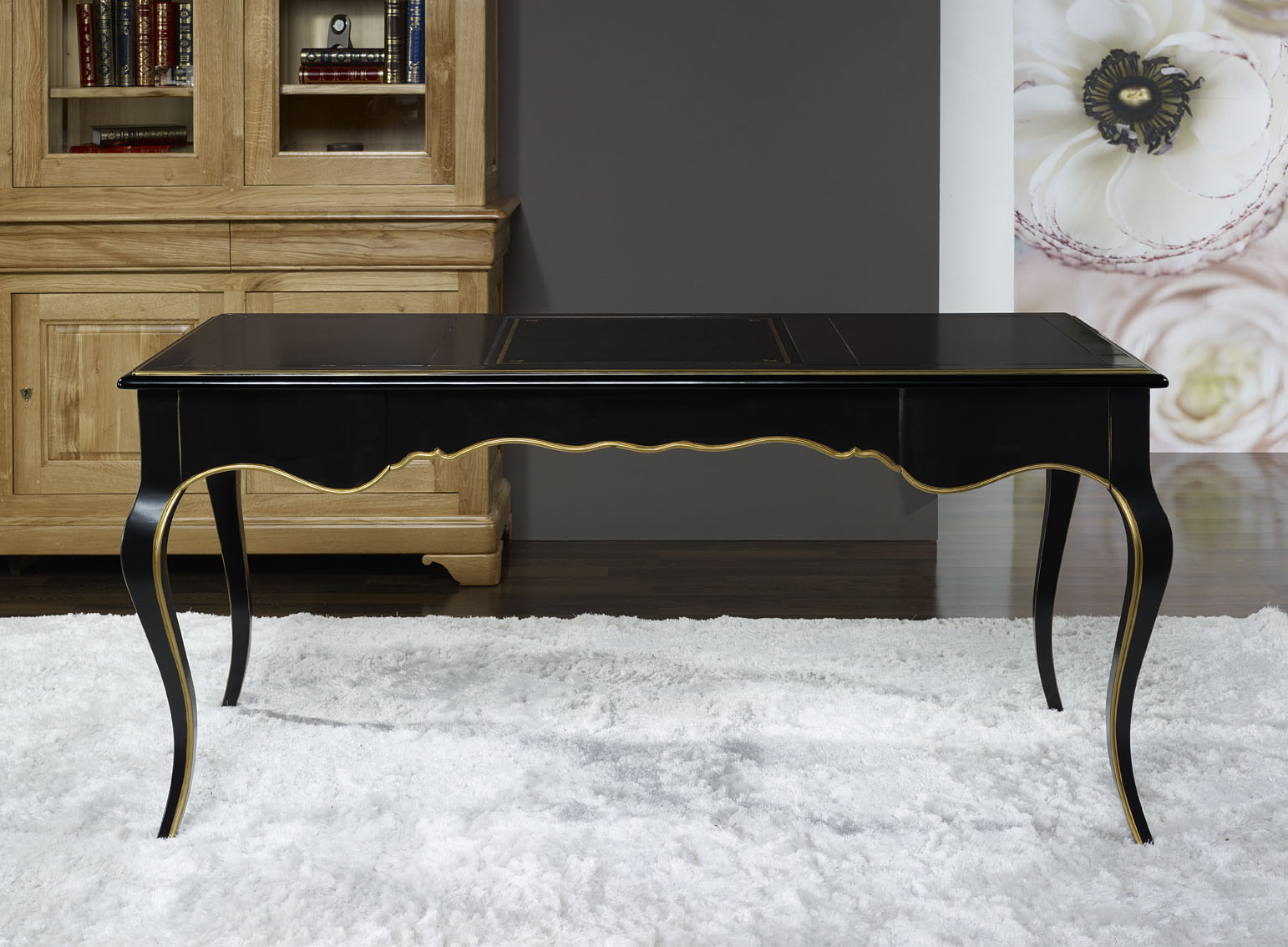 bureau ministre en merisier de style louis xv laque noir et or patin et usur meuble en. Black Bedroom Furniture Sets. Home Design Ideas