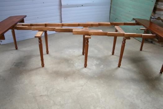 Table ovale volets 135x110 en merisier massif de style for Table 6 pieds louis philippe