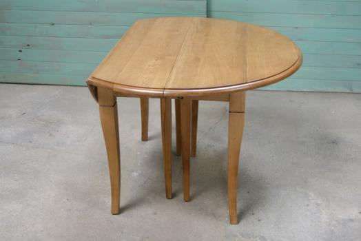 Table ronde volets diametre 110 en ch ne massif de style for Table ronde bois blanc avec rallonge
