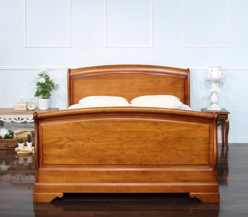 lit louise en merisier massif de style louis philippe pour. Black Bedroom Furniture Sets. Home Design Ideas